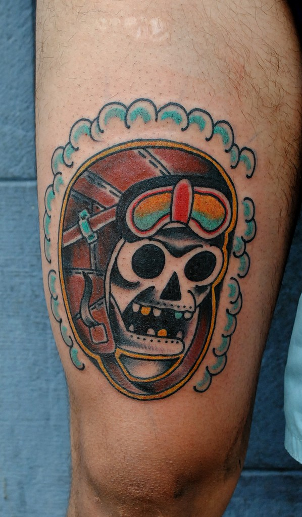 Simple old school style colored pilot skull tattoo
