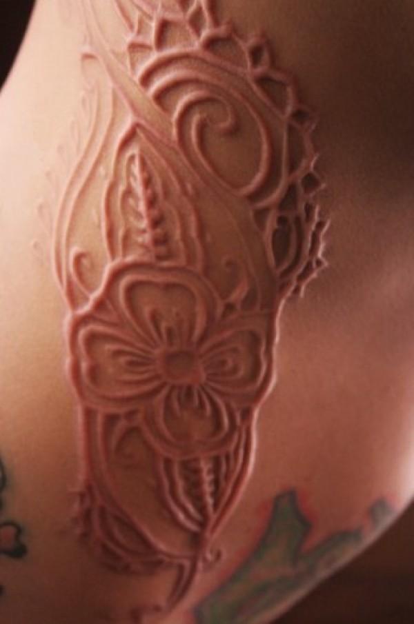 Beautiful flowers skin scarification