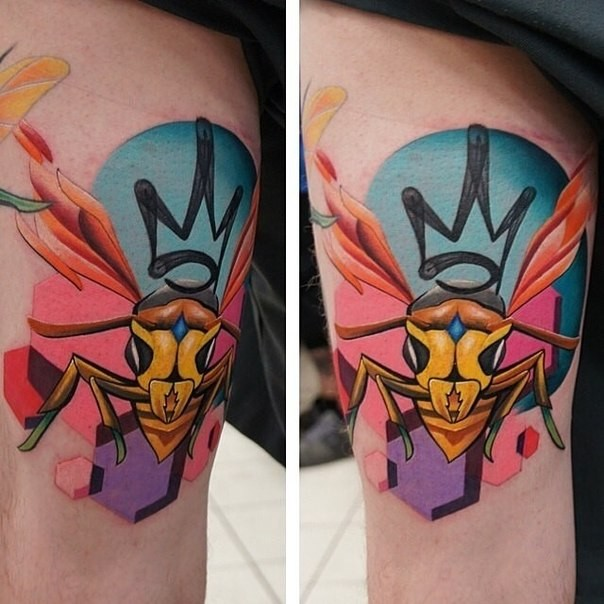Cartoon style colored thigh tattoo of bee queen