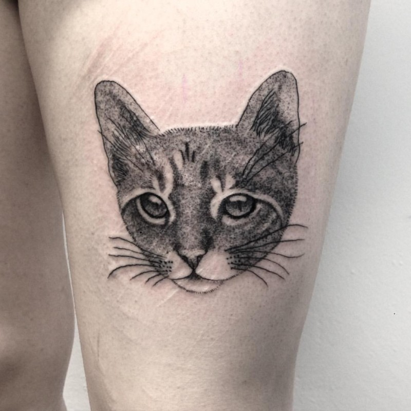 Dot style cute for girls style thigh tattoo of cat head