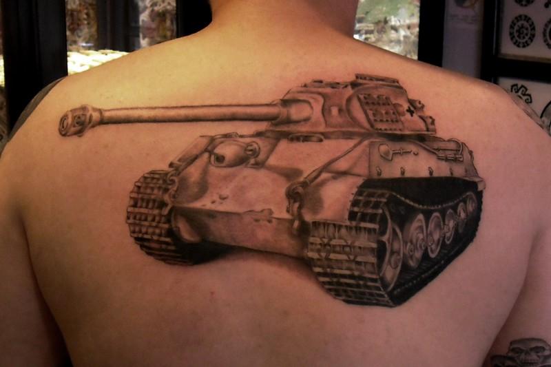 Large lifelike detailed upper back tattoo of german Panther tank