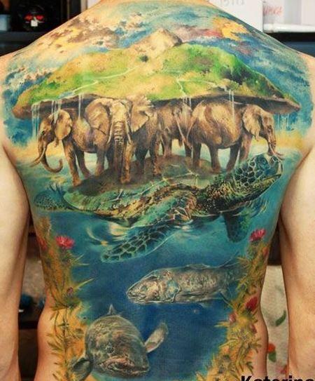Wonderful great animal tattoo on whole back
