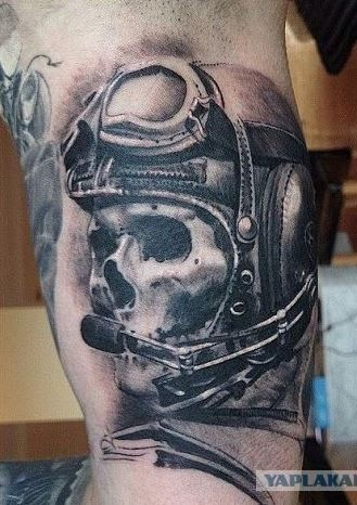 3D style detailed human skull with pilot helmet tattoo on biceps