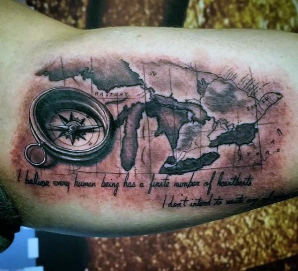 3d Grosser Kompass Mit Weltkarte Tattoo An Der Hand Tattooimages Biz