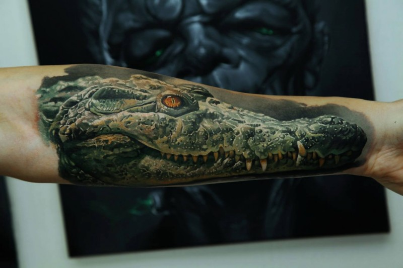 3d realistic head of crocodile forearm tattoo by dmitriy samohin