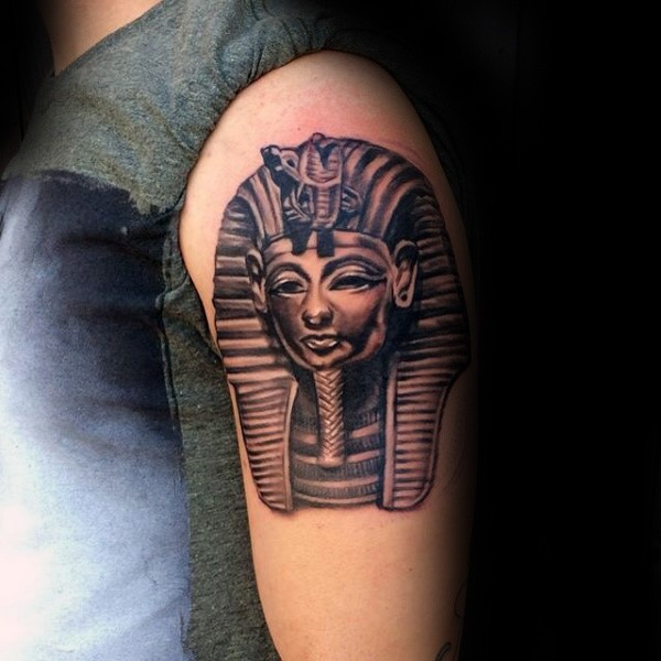 3D style amazing looking shoulder tattoo of Egypt statue