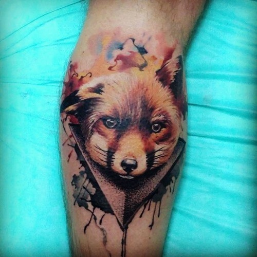3D style designed colored sweet fox tattoo on leg muscle