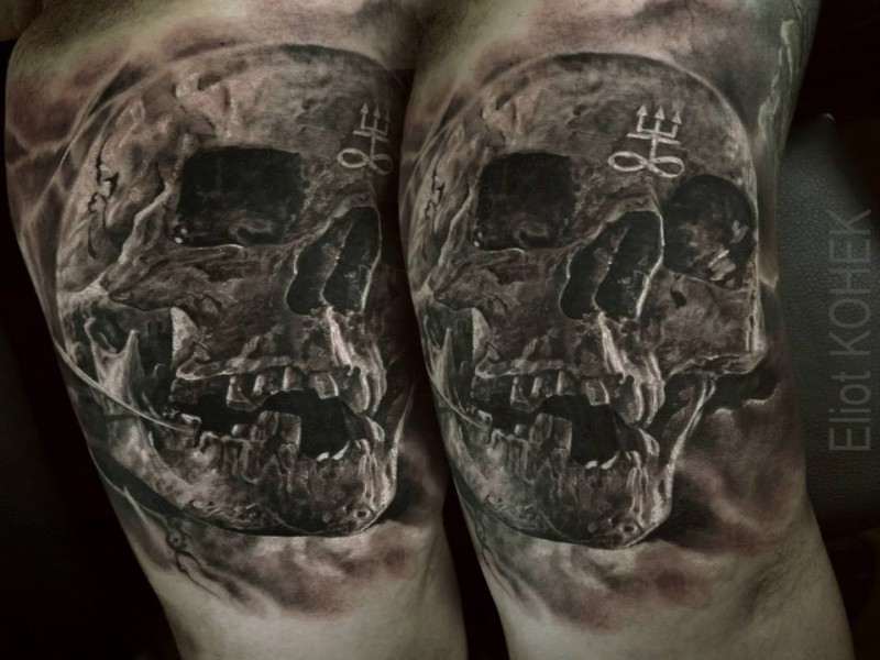 3D style painted by Eliot Kohek arm tattoo of human skull