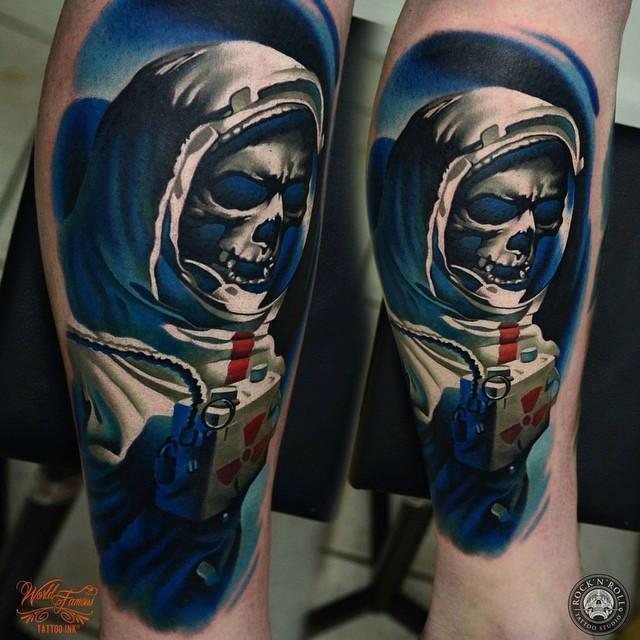 Great skeleton pictures part 7 for Skeleton king tattoo
