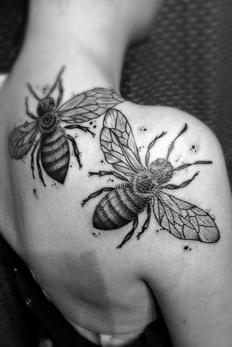 3D very realistic black and white insects tattoo on shoulder