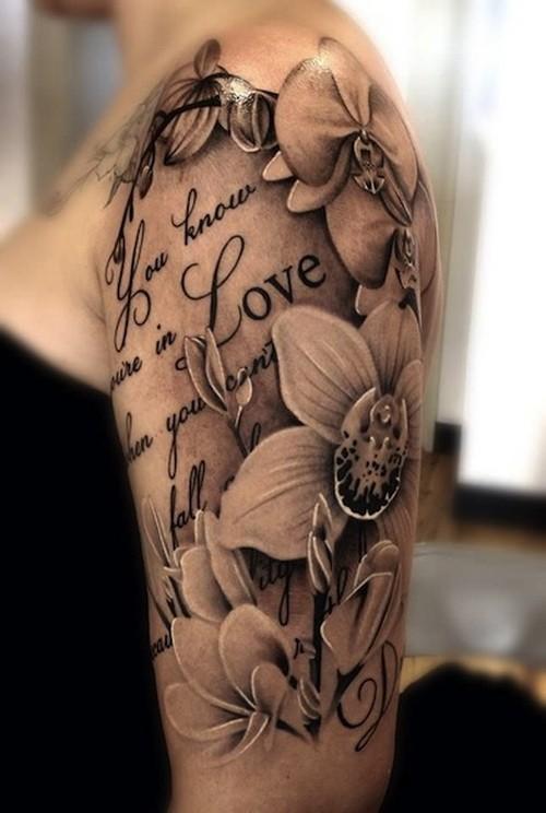 nero e bianco citazione  amore con meravigliose orchidee tatuaggio per donne su braccio