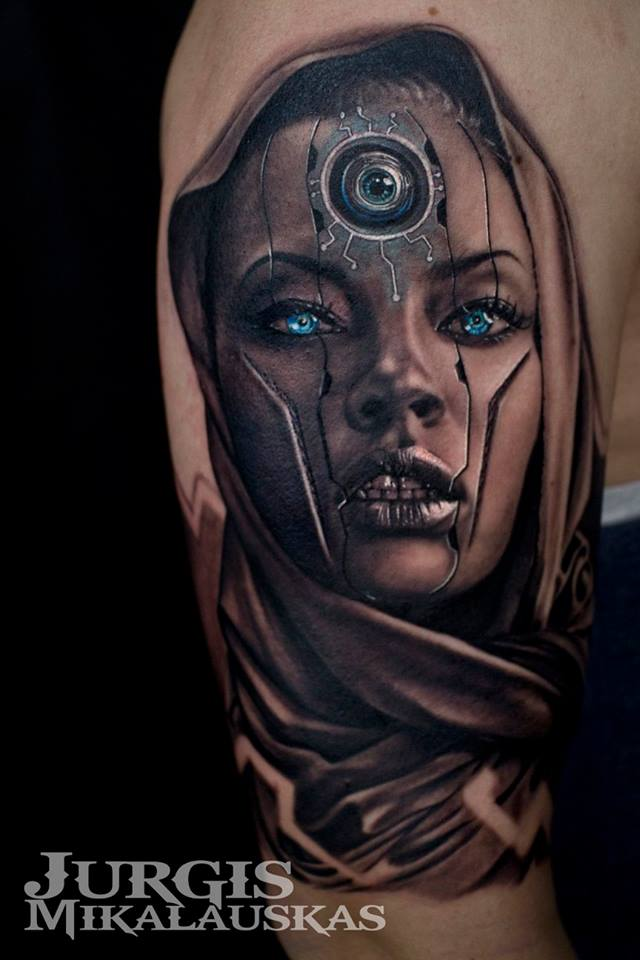 Cool android with third eye tattoo