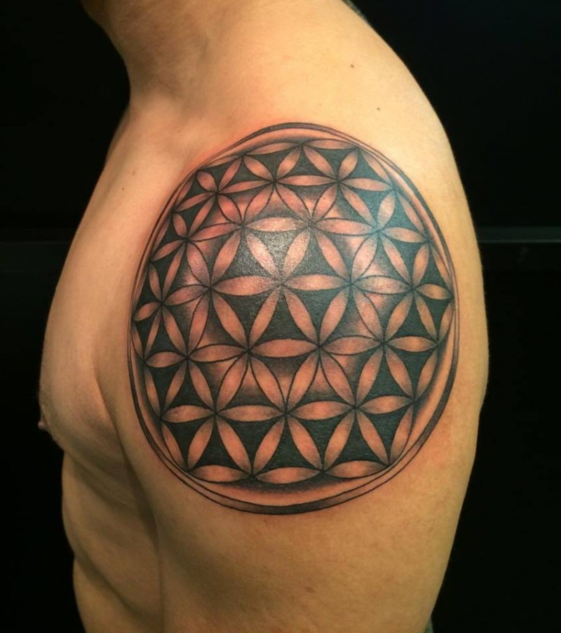 cool black ink flower of life tattoo on shoulder. Black Bedroom Furniture Sets. Home Design Ideas