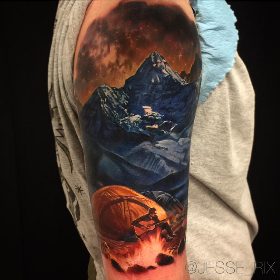 Cool realistic nature tattoo on shoulder