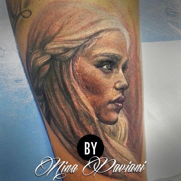 Dragon queen tattoo di Mina