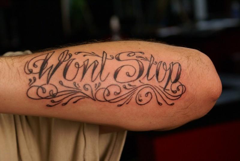 """citazione lettere riccioli non ci fermera"""" tatuaggio"""