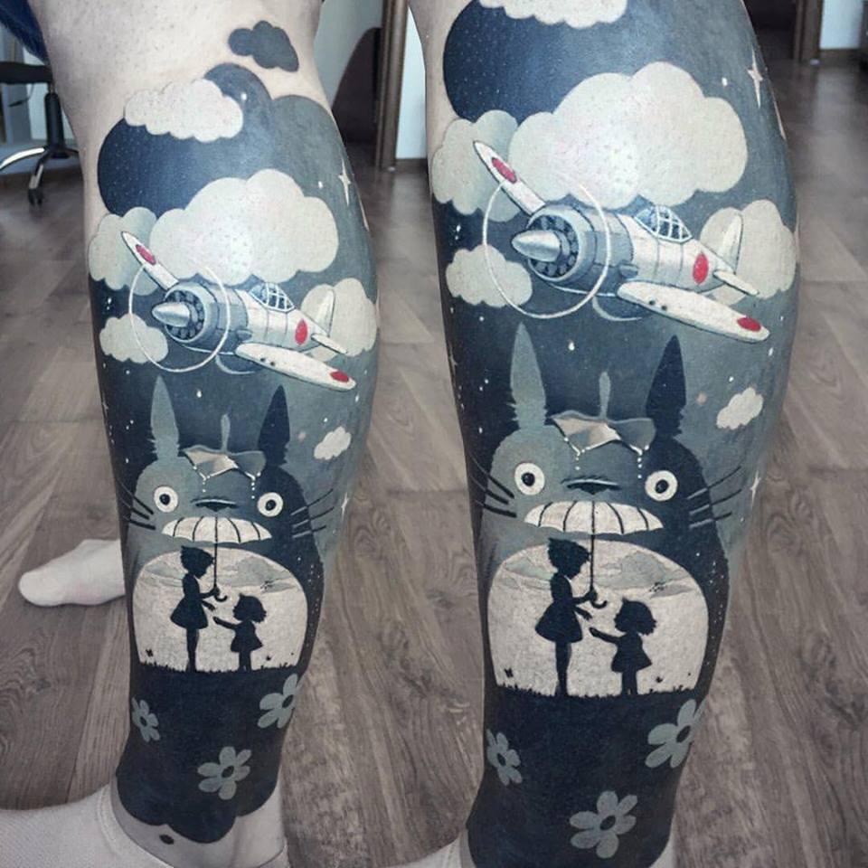 Great cartoon tattoo on leg