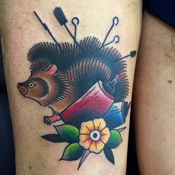 Great colorful old school hedgehog tattoo on thigh