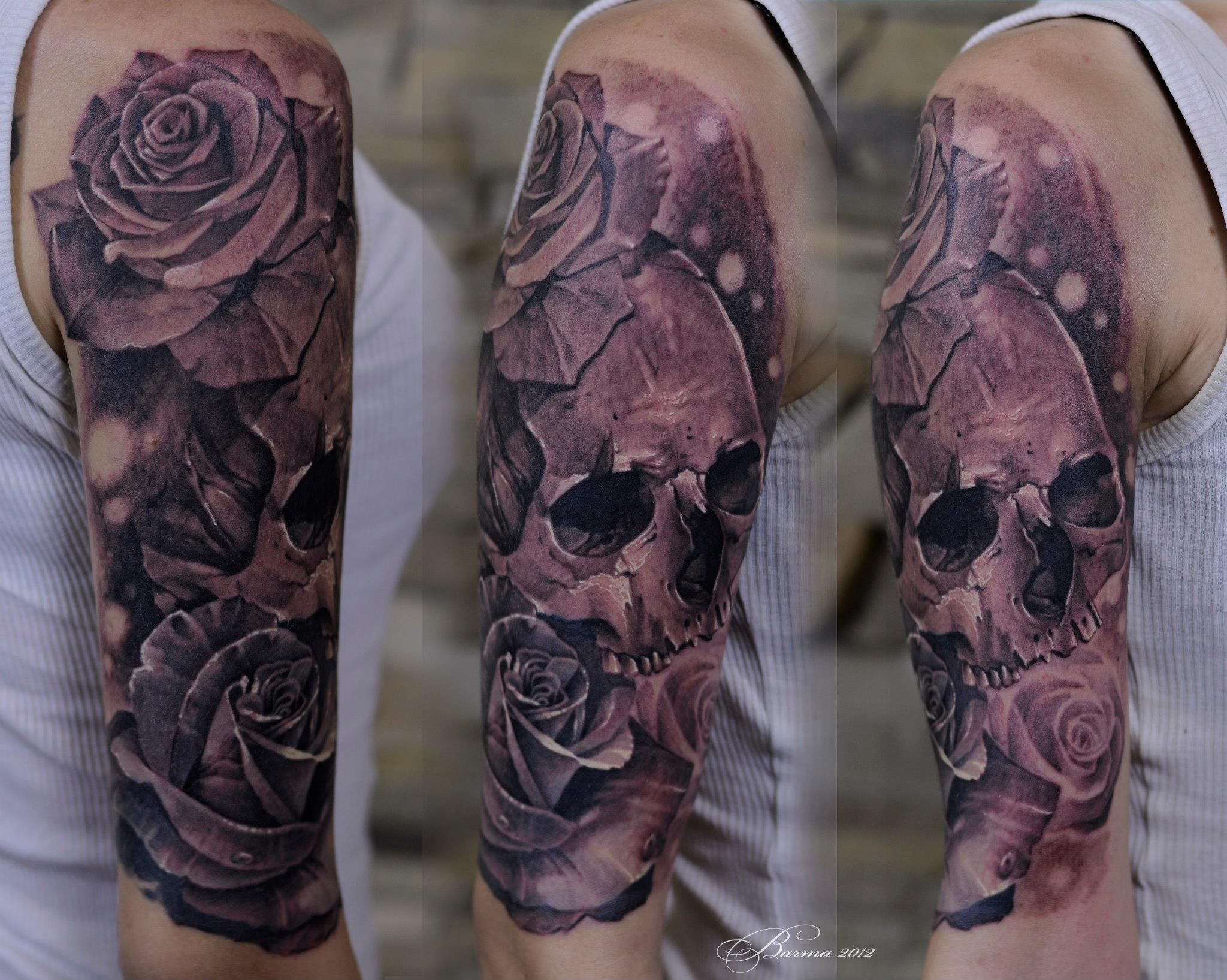 Great skull and roses tattoo on shoulder