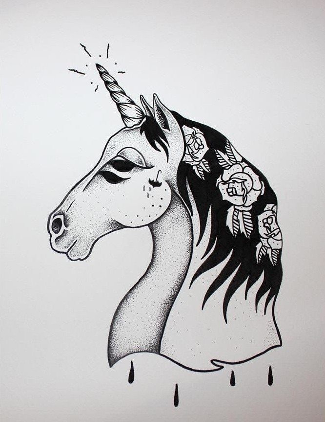 Indifferent Old School Style Unicorn With White Rose Print