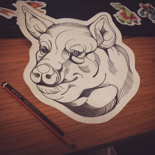 Kind outline new school style pig head tattoo design