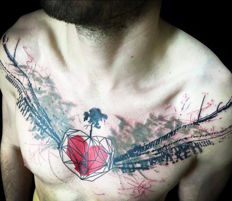 Tatuaggio petto grande cuore in cotone stile immondizia
