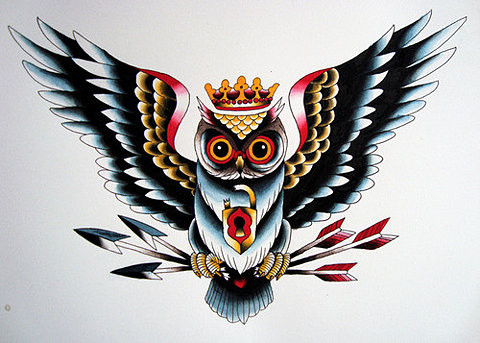 Multicolor old school owl in crown keeping arrows tattoo design