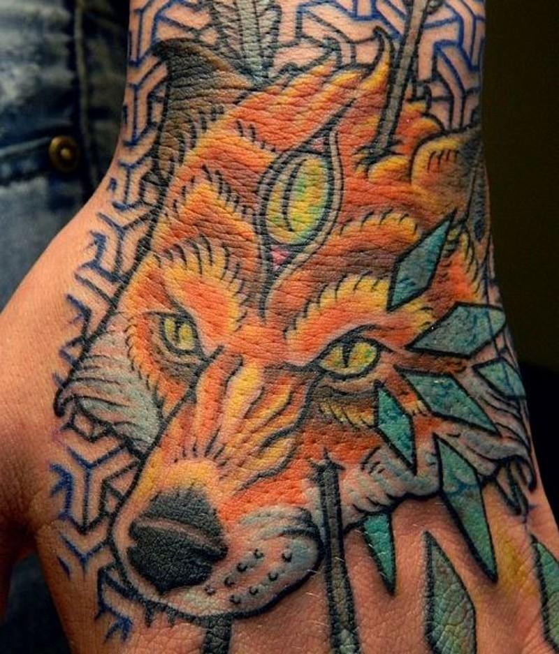 mistico disegno grande colorato animale volpe tatuaggio su piede