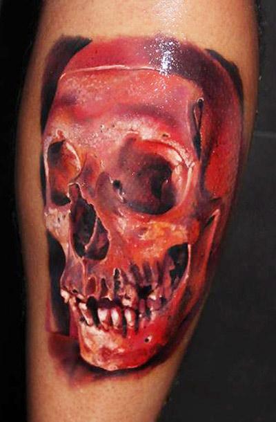 Tatuaggio di teschio rosso spaventoso di Robert Zyla