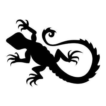 Sweet full-black lizard tattoo design