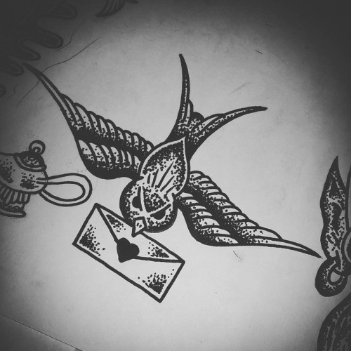 Traditional grey-ink sparrow keeping love letter in beak tattoo design
