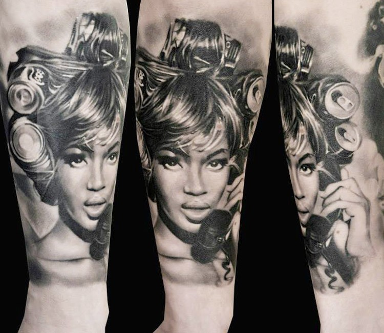 Vintage like black and white woman portrait tattoo