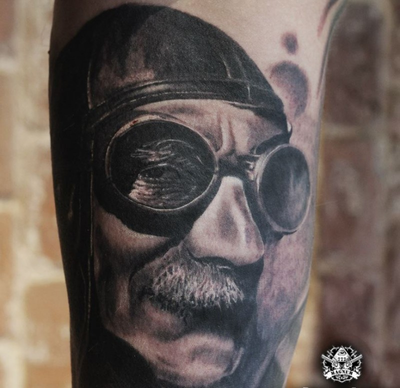 Vintage style detailed old pilot portrait tattoo