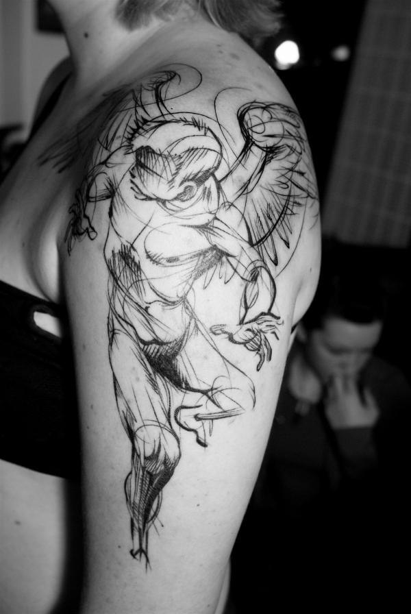 astratto stile infinito inchiostro nero angelo tatuaggio su spalla