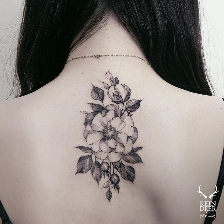 accurate painted by zihwa upper back tattoo of large flower. Black Bedroom Furniture Sets. Home Design Ideas