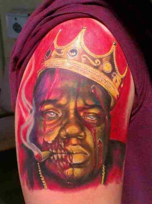 re zombie africano tatuaggio a mezza manica