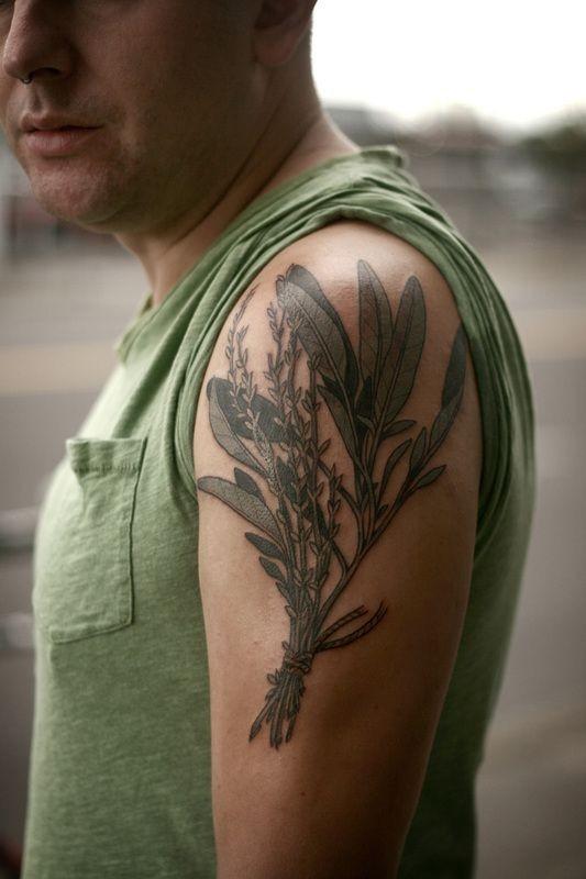 eccezionale fiori di campo tatuaggio sulla spalla da Alice Carrier