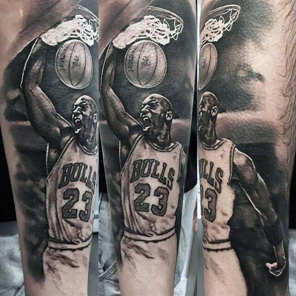 Tatuaje en la pierna,  jugador de baloncesto Air Jordan famoso