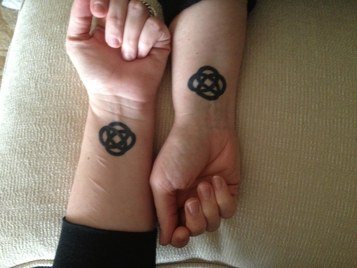 Art celtic friendship tattoos
