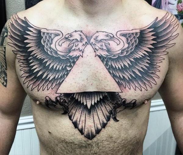 eccezionale nero e bianco aquila con due teste tatuaggio su petto