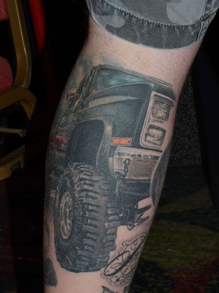 awesome jeep car tattoo on leg. Black Bedroom Furniture Sets. Home Design Ideas