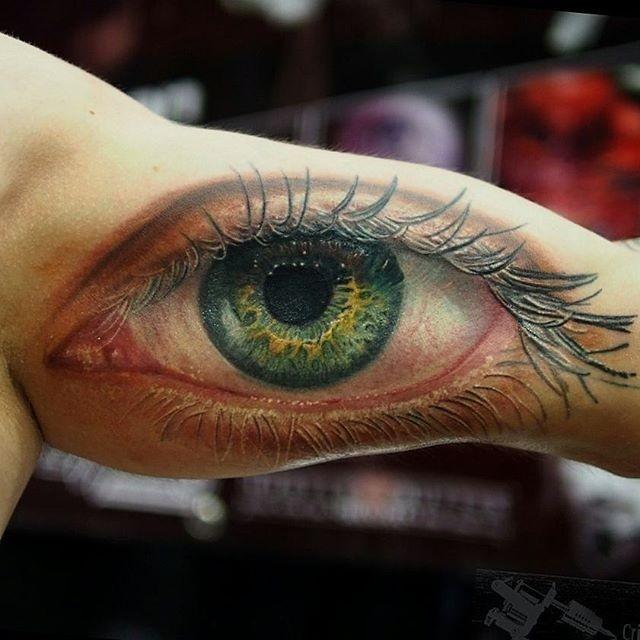 eccezionale realistico occhio verde tatuaggio da Cris German
