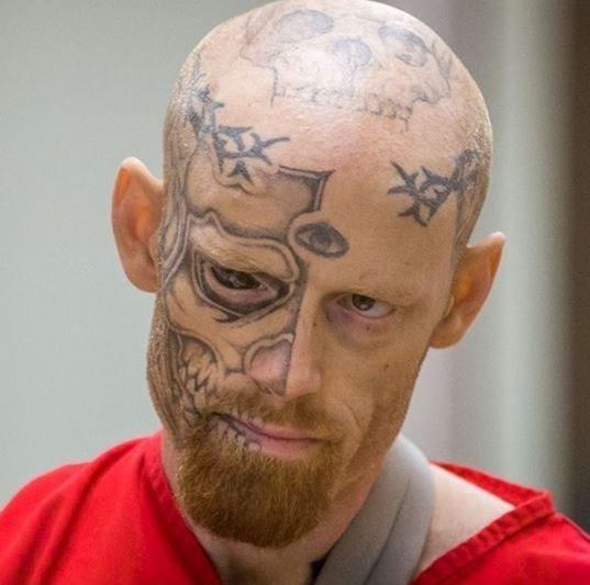 eccezionale cranio su testa tatuaggio