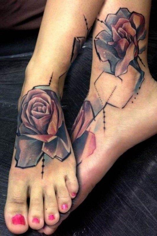 Tattoo Mit Wunderbaren Rosen Am Knochel Von Petra Hlavackova
