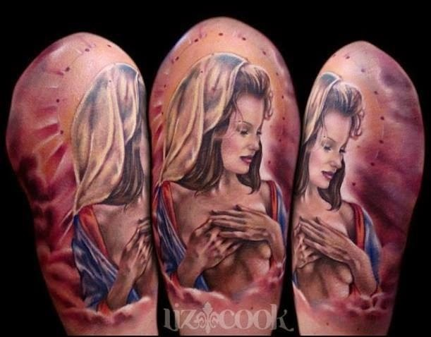 Beautiful looking colored shoulder tattoo of sexy naked woman