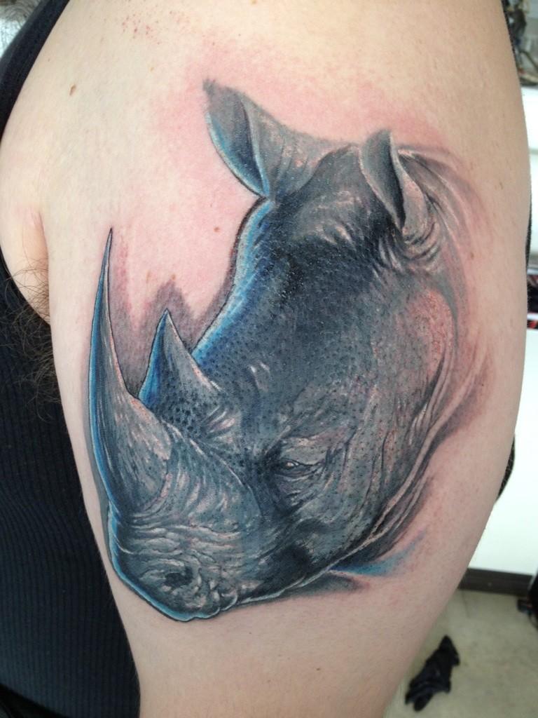 Ansprechend Schöne Tattoos Für Männer Referenz Von Schönes Weises Rhinozeros Tattoo Für Männer