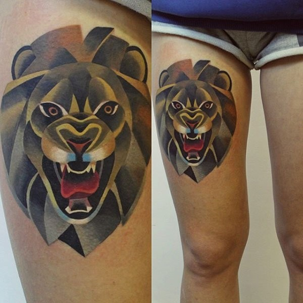 Big nice colored thigh tattoo of roaring lion