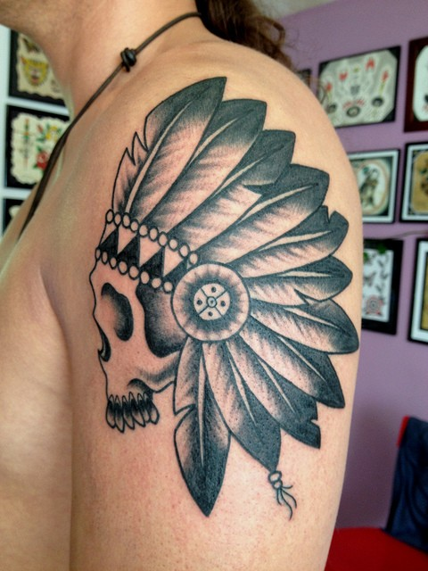 Black gray ink indian skull tattoo on shoulder
