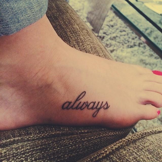 Tatuaje Always tatuaje en el pie, palabra en inglés always - tattooimages.biz