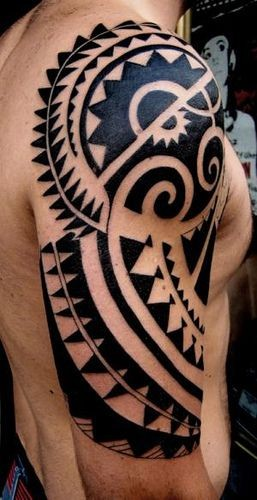 Black ink polynesian tattoo on half sleeve